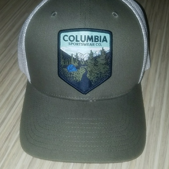 47a508ad4ce23 Columbia Other - NWOT Columbia Sportswear stretch fit hat L XL